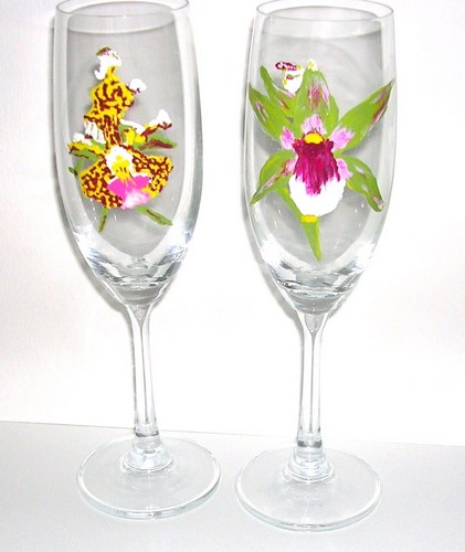 1Yellow & 1Green Orchid champagne flute $90